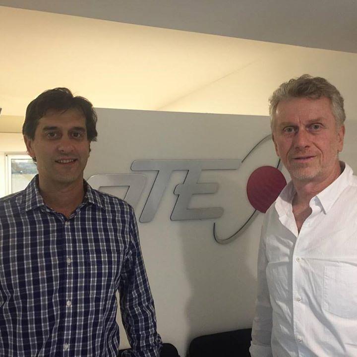 Alejandro Goich ,de Ski Portillo Chile,  visitando las nuevas oficinas de OTE SK…