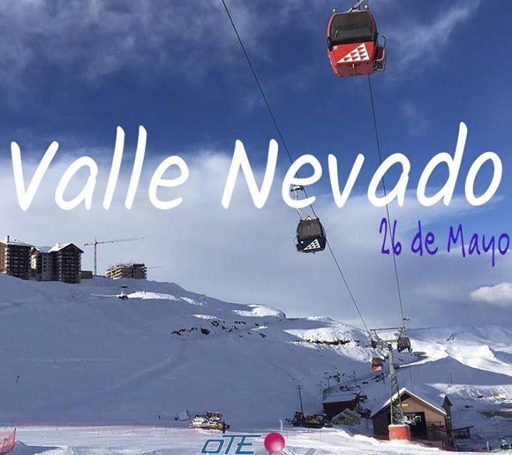 Valle Nevado Ski Resort  #HOY!  Muchísima nieve en Chile, y Valle abrió parcialm…