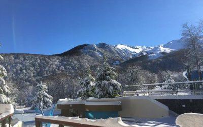 Nieve y sol este viernes en Termas de Chillán!  Aprovechá las bondades de este i…