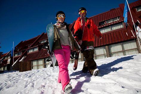 ¿Ya conoces el Hotel Acuario en Las Leñas Ski Resort? Hotel 4* ski in – ski out,…