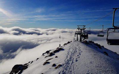 #CERROCATEDRAL Día espectacular en Cerro Catedral.  Foto de hoy martes desde …