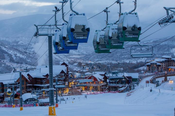Aspen Snowmass es un pueblo salido de un cuento que te va a encantar conocer! …