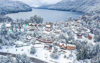 #villalaangostura hoy   Conoces este paraíso Argentino?  #nieve #patagonia #arge…