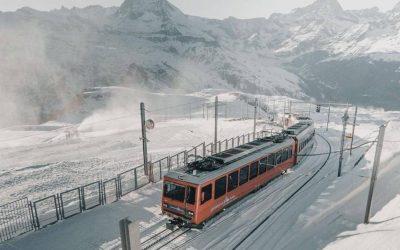 Zermatt es uno de los destinos más conocidos del Valais suizo, enclavado al fina…
